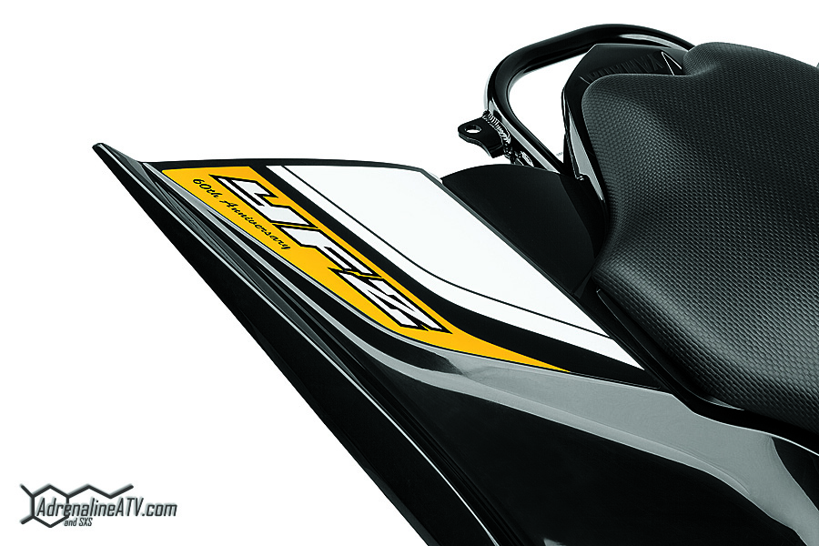 16_YFZ450R_SE_Yell_Detail_Rear_Fender_graphics_CMYK_LoRes